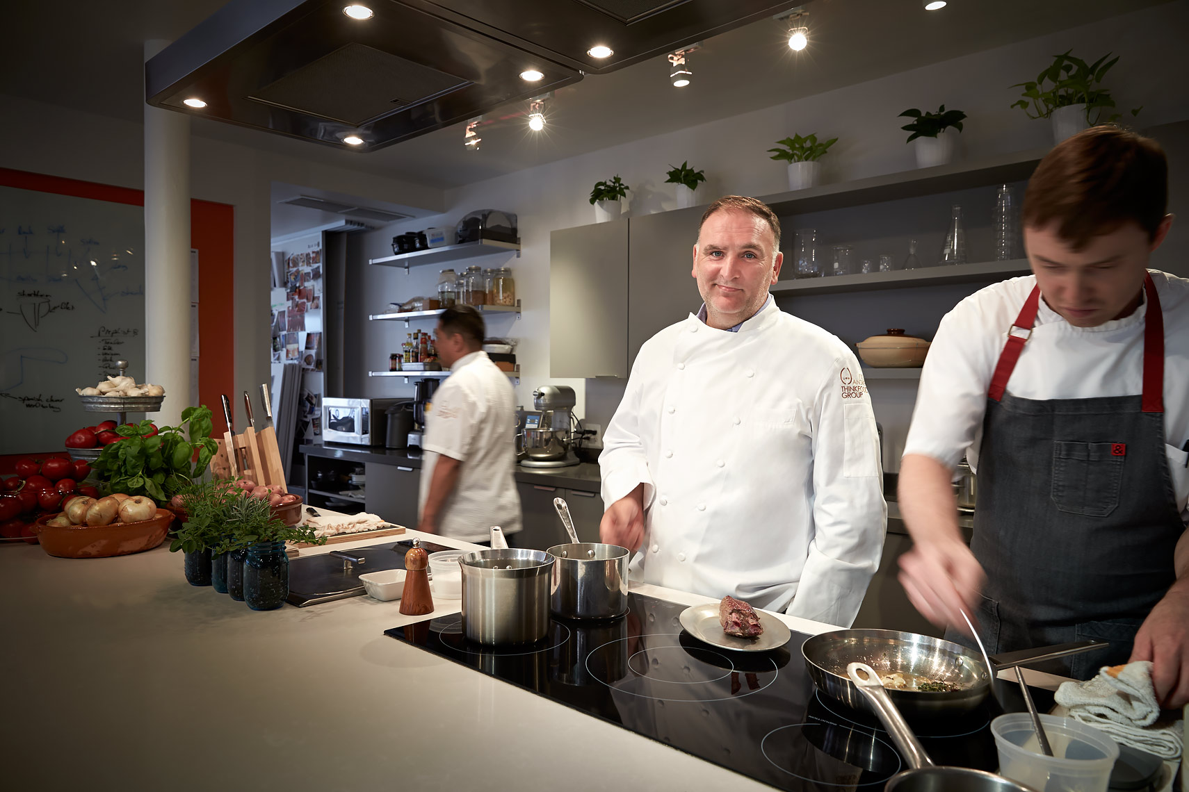REST-Chefs3-Jose-Andres-in-the-Kitchen